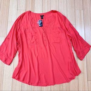 NWT!  TORRID Harper chalice blouse, 4 4X.